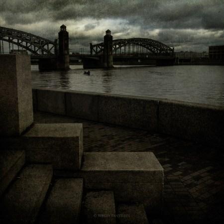 Мост, Нева и сентябрь.